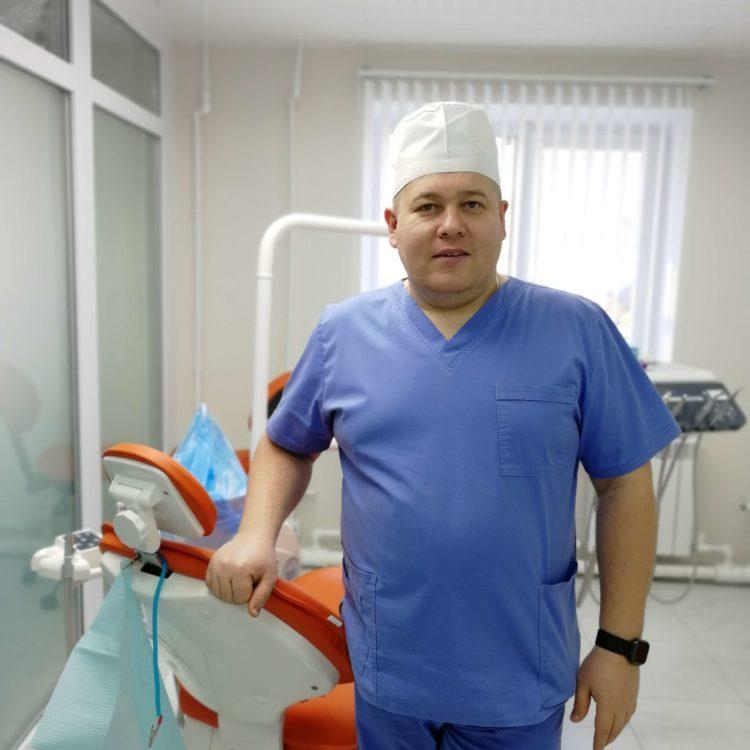 Узиков Алексей Васильевич